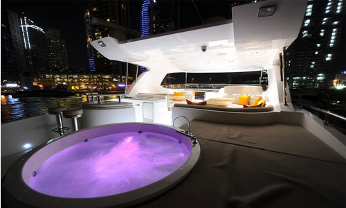 Jaccuzi in a Yacht